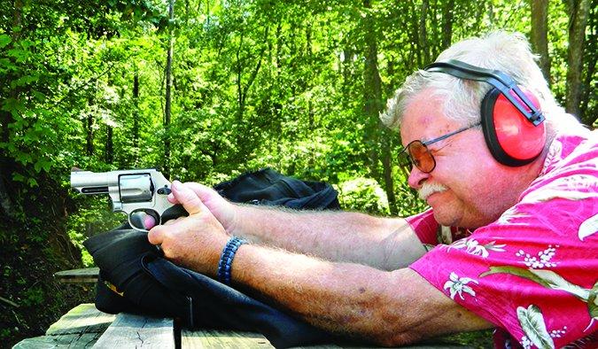 Smith & Wesson Model 69 Combat Magnum 10064 in 44 Magnum