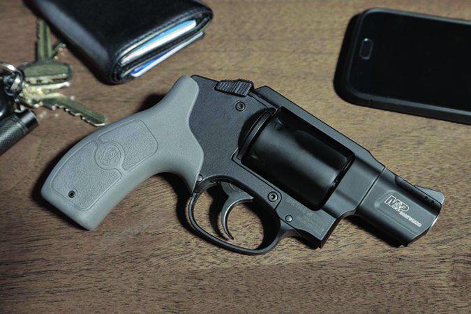 Smith & Wesson M&P Bodyguard 38 revolver